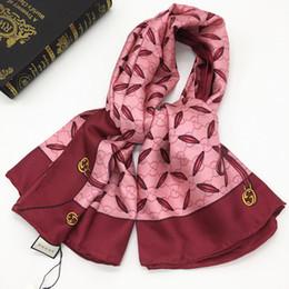 Canada Marque nouveau style femmes foulards carrés pashmina 100% soie bonne qualité impression tigre abeilles lettres taille de modèle 130cm - 130cm Offre