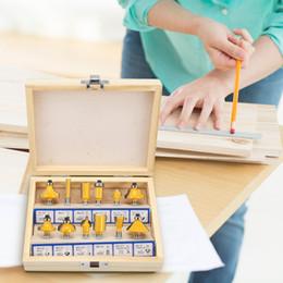 12 pcs Router Bit Set Cortador De Trituração Para Mão Elétrica Trimmer Carbide Shank Carpintaria Aparar Gravura Carving Ferramenta de Corte de