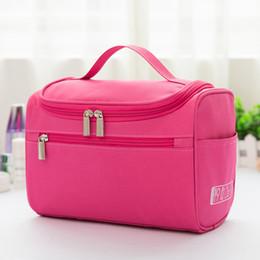 Nuova borsa cosmetica da viaggio portatile per borse di sospensione di grande capacità in poliestere impermeabile con gancio portatile da sacchetti cosmetici in poliestere fornitori