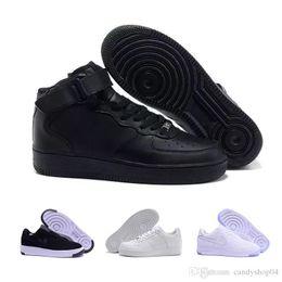 nike air force 1 Flyknit Utility beiläufigen Schuhen hoher Spitzenqualität neuer Mann modische hohe obere weiße niedrige Spitzenschuhe schwarze Frauen