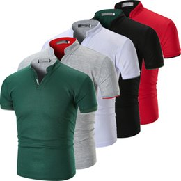 Erkek Slim Fit Kısa Kollu V Yaka Rahat Pamuklu Tişört Kas Tee Gömlek Tops cheap t shirt muscle v neck nereden tişört kası v boyun tedarikçiler