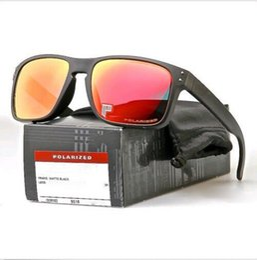 Pistola sportiva esterna online-Gli occhiali da sole polarizzati di modo di disegno degli uomini anneriscono i vetri all'aperto nuovissimi del fuoco della pistola di logo della pistola della struttura del nero YO92-44 che spedice liberamente