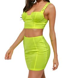 Fluorescent Green Zweiteiler Frauen Trainingsanzüge Sexy Crop Tops Minirock Spaghettibügel Outfits Club Party Bodycon Anzug GV389 von Fabrikanten