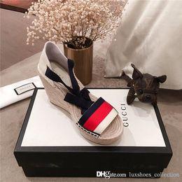 Pantoufles de sandale de paille en Ligne-Sandales à talons compensés pour femme, espadrilles avec semelles en toile de paille, chaussures de sport pour femmes slip-on taille 35-40