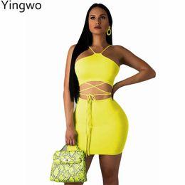 Vestito giallo chiaro online-Giallo / Verde / Azzurro Due pezzi Set Hot Sexy Night Out Club Wear Halter Collo Strappy Crop Tops Confezione Fianchi Mini Skirt Suit