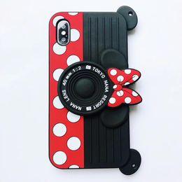 Argentina Lindo estuche de silicona suave para celular Micky para iPhone 6 6s Plus 7 8 Plus X con cubierta de llavero para iphone xs max anti caída cheap x keychain Suministro