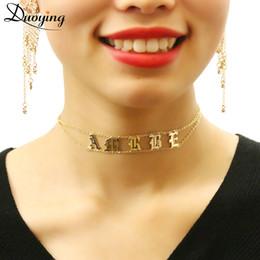 2019 weiße perlenhalskette entwirft gold Duoying Old English Choker personalisierte Namensschild Halskette Gothic Choker zierliche schicke Schmuck faszinierende Halskette für Etsy Q190413