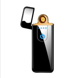 boîte à lumière en forme de coeur Promotion Fabricants en gros publicité commerciale logo personnalisé usb charge plus léger coupe-vent tactile détection créatif allume-cigare y