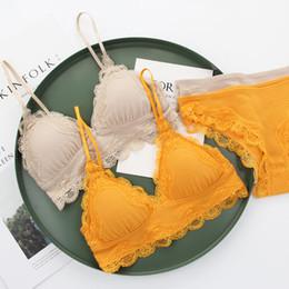 b0fb2d049 2019 menor copo de sutiã Conjuntos de lingerie nova whorl algodão  confortável pequena almofada Bralette sexy