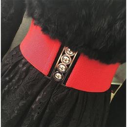 Larga cinghia elastica rossa online-Di stirata di modo cinghia larga delle donne del progettista Cinch Belt per il vestito femminile bianco di lusso vita elastica Rosso Vita Cummerbund 19