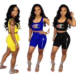 Модные бренды онлайн-Женщины Champion Сверкающие 2 шт. Набор шортов Hot Drilling Crop Tank Bras + Шорты Дизайнер Алмазный Ослепительно Спортивный костюм Марка наряды A53001
