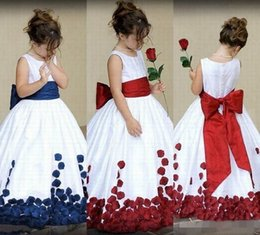 Große satinband verbeugt sich online-Vintage Satin Blumenmädchenkleider Jewel Neck Sleeveless Ribbon Big Bow Zurück 3D Floral Applique Kids Formal Wear Pageant Ballkleid