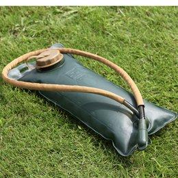 Açık kamp 2.5L içme çantası kalınlaşma EVA sürme yürüyüş katlanır su torbası içme suyu mesane nereden