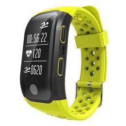 telefoni per anziani Sconti S908 intelligente Bracciale Misuratore di altitudine GPS cardiofrequenzimetro Fitness Tracker intelligente Guarda IP68 impermeabile Passomet orologio da polso per iPhone Android