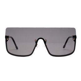 ce occhiali da sole Sconti Montatura per occhiali Lente per PC Occhiali da sole CA Occhiali da sole oversize con scudo Occhiali da vista retrò quadrati trasparenti Occhiali da vista classici ottici UV400