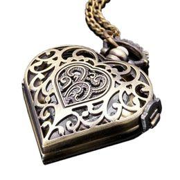старинные часы Скидка Карманные часы бронзовые старинные в форме сердца циферблат полые цветочные изысканные антикварные часы ожерелье кулон воротник цепи пара