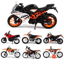 Spielzeug motorräder online-Maisto 1:18 Motorrad Modell Spielzeug Legierung Motorrad 450 EXC SXF 690 Duke RC 390 525SX Autos Spielzeug Für Kinder Dekoration Geschenk