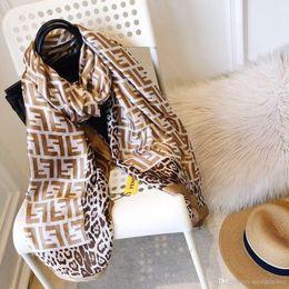Argentina con etiquetas de diseñador bufanda de lujo para mujeres de la marca pashmina bufandas famosas bufandas de seda más recientes del diseñador bufanda de la cabeza Suministro