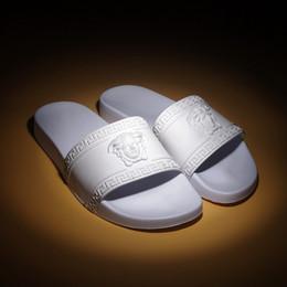 tecido de moda de couro falso Desconto NOVO Designer de Engrenagem Slipper Bottoms Mens Mulheres Sandálias Listradas Causal Não-deslizamento verão huaraches chinelos chinelo chinelo