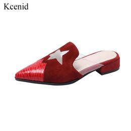 2019 moda scarpe nuovo modello Kcenid New kid camoscio piatto con le donne scarpe morbide moda maglia stella runway modello punta a punta sandali poco profondo pantofole fuori 2019 sconti moda scarpe nuovo modello