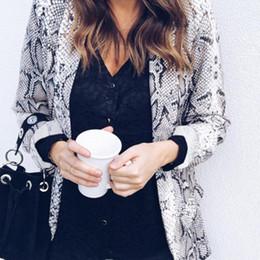 2019 usar abrigo de leopardo Blazer con estampado de piel de serpiente Trajes de leopardo para mujer Blazer Otoño invierno 2018 Oficina Dama Ropa de trabajo Abrigo Blazers y chaquetas casuales usar abrigo de leopardo baratos