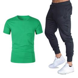 tee-shirt pour hommes Promotion Marque Hommes Ensembles T-shirts + Pantalons Deux Pièces Ensembles avec Logo Casual Survêtement D'été Tide Marque Tshirt Gymnases Fitness Sportswears Ensemble M-2XL