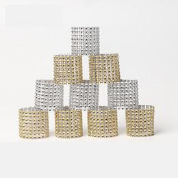 2019 кольца для салфеток 8 рядов Rhineston салфетки кольца пластиковая пряжка салфетки очарование Mesh Wrap Салфетка Кольцо Держатель Serviette отель свадебный стол украшения AAA1845 скидка кольца для салфеток