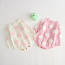 blusa rosa de manga comprida Desconto INS Bebê crianças roupas de grife Romper 100% algodão De Malha Manga Longa Dot Design Macio Branco Rosa Romper Primavera Roupas menina macacão 0-2 T