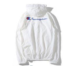 2019 слойная куртка 2019 новый бренд куртка мужчины женщины летняя солнцезащитная куртка однослойная повседневная ветровка мода солнцезащитный крем тонкое пальто скидка слойная куртка