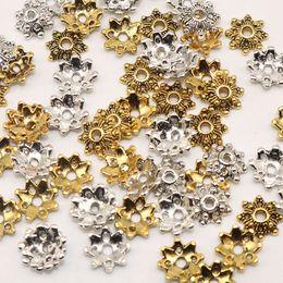 Chapeaux de perles tibétain en Ligne-200pcs / lot Fin Perles Caps En Métal Perles Caps Tibétain Argent Plaqué Or Fleur Perles De Fleurs Charmes Pour La Fabrication de Bijoux (yiwu) 8mm