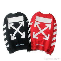 Jaqueta longa de veludo on-line-2019 moda camisola best selling solto hip hop rua de manga comprida t-shirt de alta qualidade em torno do pescoço listras além de veludo homens e mulheres jaqueta