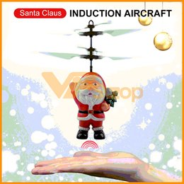 2019 controlador de luz rc Helicóptero Avião Vôo Papai Noel de brinquedo infravermelho indução Drone Gesto Sensing Avião Brinquedos Presentes Crianças Crianças Natal