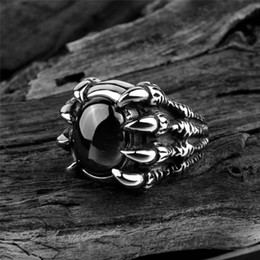 Кольцо скелетных пальцев онлайн-Мужская мода тяжелый сплав красный черный камень череп скелет Коготь палец кольцо панк байкер готический преувеличены прохладно ювелирные изделия размер подарка:8-11