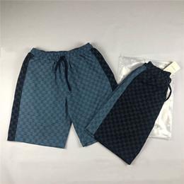 Pantalon jeans design en Ligne-19ss luxe marque design logos complets imprimer jeans denim pantalon de survêtement pantalon hommes femmes mode sport jogger pantalons de survêtement shorts de plein air