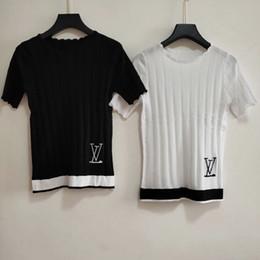 Blusas blancas para mujer de manga corta online-Diseñador de algodón Camiseta de lujo Ma'am Pure Color Manga corta Pure White T Camiseta Camisetas Slim para mujer Camisas Blusas Mujeres