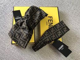 Designer fascia elastica per uomo e donna New Vintage Style Luxury Brand Girl elastico retrò Headwraps Turbante regali da nuove fasce fornitori