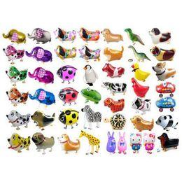 Camminata animale online-Automatico di tenuta per bambini Baloon Toys Walking Pet animale elio di alluminio Foil Balloon regalo per le forniture di festa di compleanno di nozze di Natale