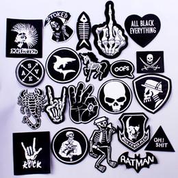 Pulaqi Rock Müzik Metal Bantları Yama Giysi Demir On Yamalar Giyim Punk Şerit DIY Işlemeli Rozetler Için Giysi Çıkartmalar cheap punk band patches nereden punk band yamaları tedarikçiler