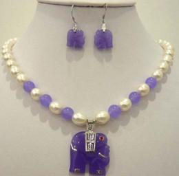 Lila jade perlenkette online-Weiße Perle Lila Natürlicher Jade Elefant Anhänger Halskette Ohrring Set
