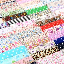 679d738a9e 60 pçs / set DIY Tecido De Algodão Pacote Patchwork Costura Quilting Tecidos  Pano Para Costura de Cama Têxtil 10x10 cm