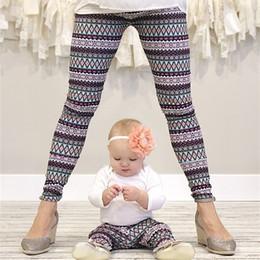 Calças da ioga do natal on-line-Calças de neve de natal Roupas de natal de pai e filho 3D Snow Impresso Jogging Running Pants Gym Collants Sportswear Yoga Leggings GGA2601
