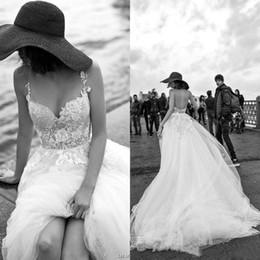 Elegante casamento vestido de casamento on-line-2019 vestidos De Noiva Da Praia com 3D Floral SpaghettiTiered Saia Sem Encosto Plus Size Elegante País Do Jardim Da Criança Do Casamento Vestidos BC1832