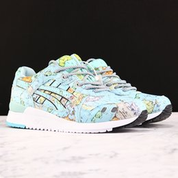 Zapatos de correr del mundo online-New Asics Tiger GEL-LYTE III WORLD MAP Hombre Mujer Zapatillas Zapatillas de running 2019 Zapatillas de deporte deportivas Zapatillas deportivas para hombres