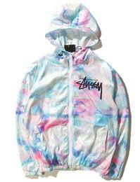 Ropa de calle online-2018 Imported-clothing mens chaqueta ST World Tour pintura colorida salpicaduras chaqueta para niñas protector solar gradiente de color chaqueta 101725
