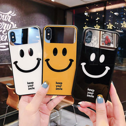 2019 capas bonitos do telefone da menina Emoji bonito manter o seu sorriso espelho caso de telefone de vidro para iphone xs max xr moda menina tampa traseira brilhante para o iphone 6 6 s 7 8 além de capas bonitos do telefone da menina barato