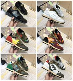 Stud de mode Rivet Camouflage Sneakers Hommes Femmes Appartements En Cuir De Luxe Designer Formateurs Casual Chaussures Taille us5.5-12 ? partir de fabricateur