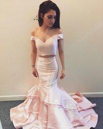 2-teiliges fischschwanz-abschlussballkleid online-Pretty Pink Off Shoulders Abendkleider Elegante Mermaid Fishtail Abendkleider Für Abschlussfeier 2019 Zweiteiliges Abendkleid