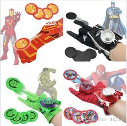 пластиковые блоки замка для игрушек Скидка Человек-паук Бэтмен Superhero Launchers Перчатки Косплей Оружие Дети Мальчики Игрушки Подарки