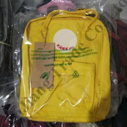 Bandolera de viaje para niña online-Mochilas de diseñador Fox suecas Bolso de hombro de marca Mochilas escolares para niños Mochilas Mochila Mochilas de viaje Bolsas impermeables para computadora portátil C82007