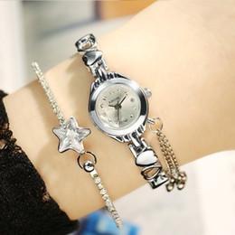 277a19f5f85 KIMIO Simples Pequeno Dial Amor Decoração Pulseira Senhoras Famosas  Mulheres Marca de Luxo Relógios Das Mulheres de Quartzo-relógio Feminino  Relógio De ...